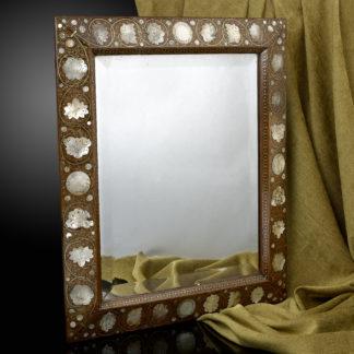 Walnut-mirror-pearl-casket