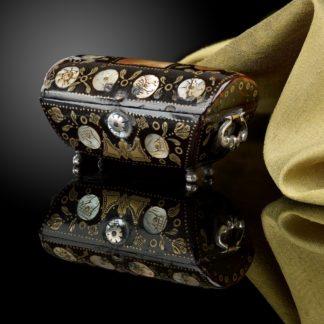miniature_casket